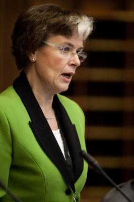Astrid Thors talar på Nordiska rådet 2.11.2011